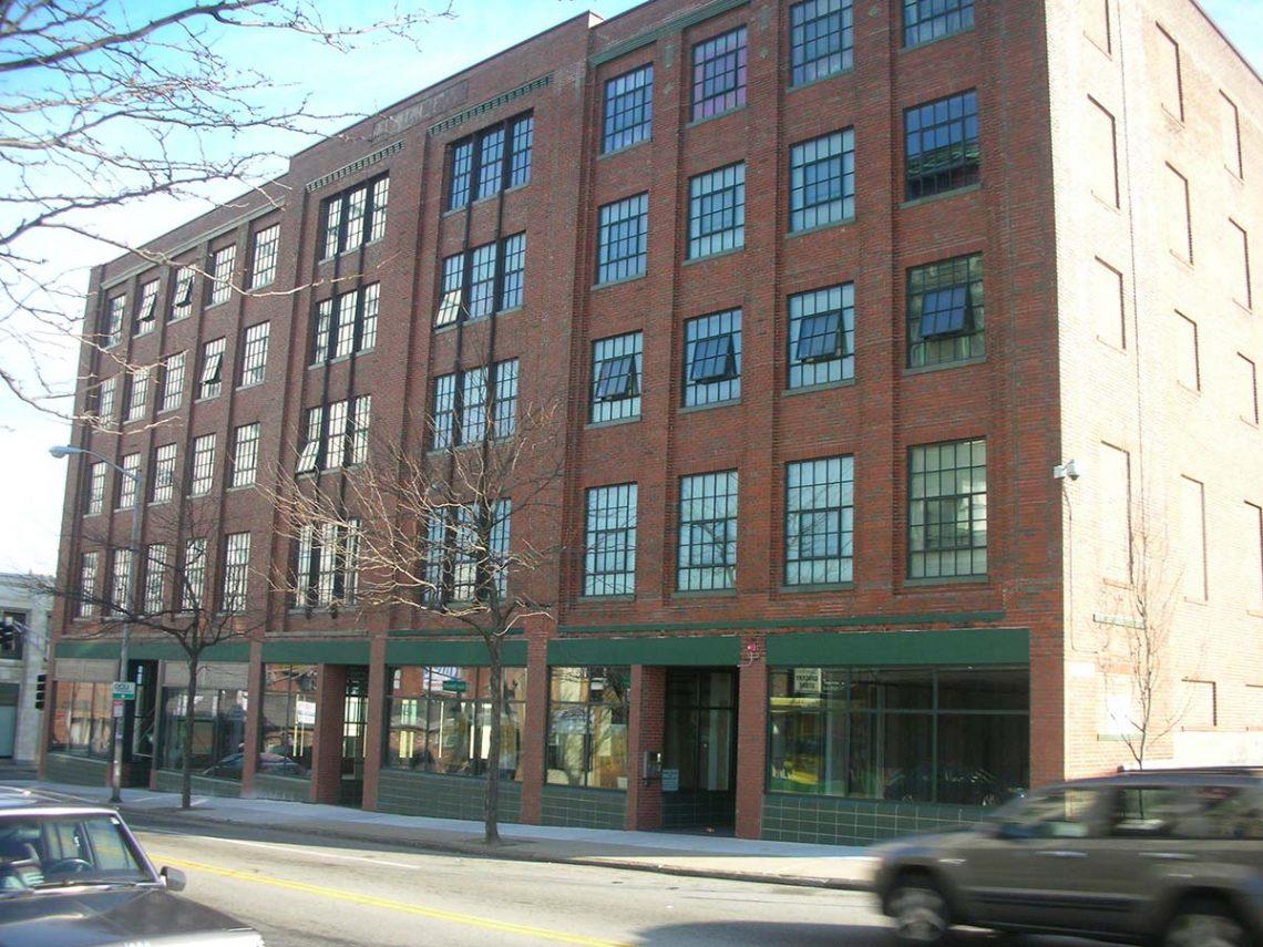 Hadley apartments st cloud window - Mobelserie boston ...