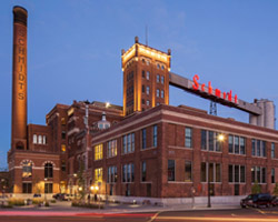 2016 Affordable Housing Design Award: Schmidt Artist Lofts